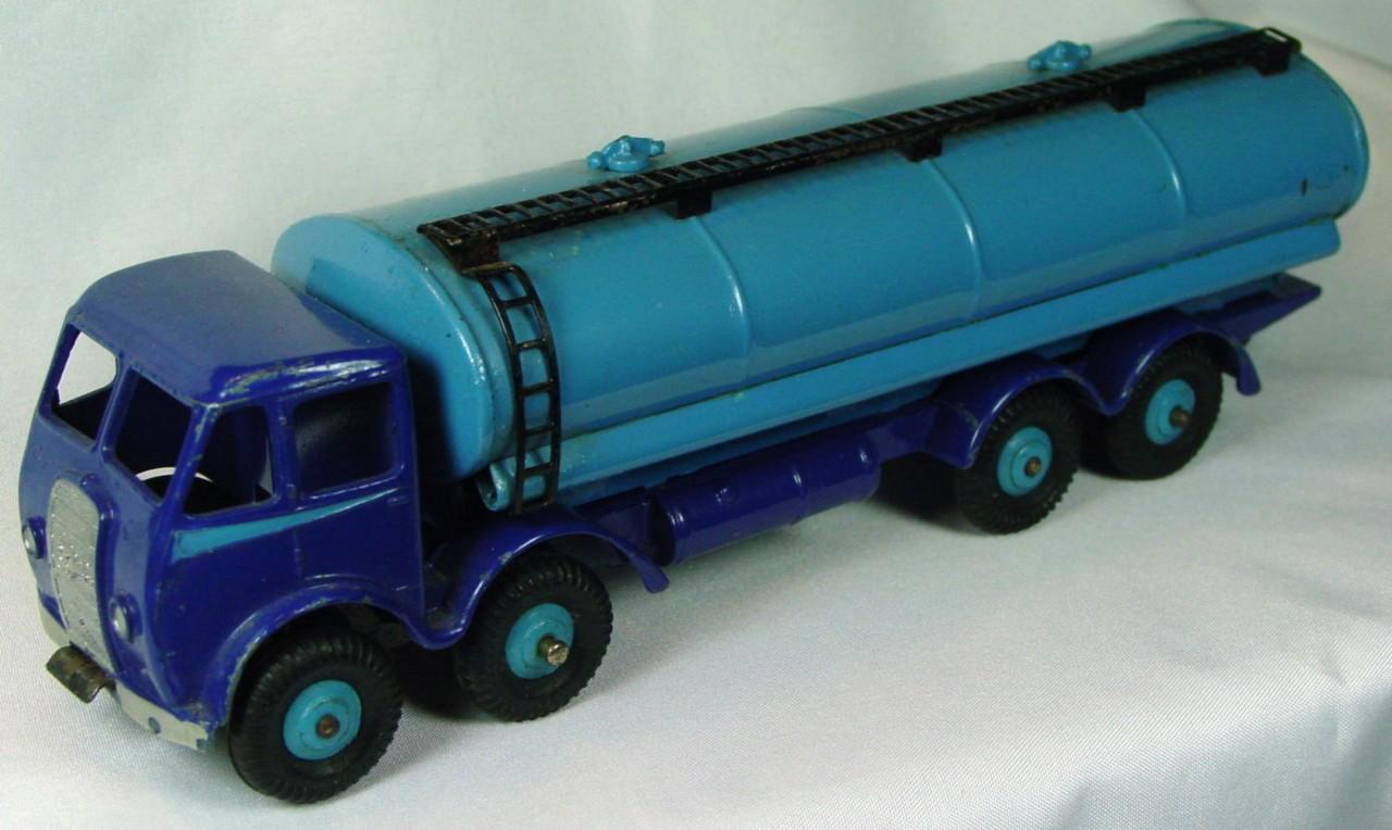 Dinky 504 - Foden Tanker dark Blue and light Blue black plastic tires blue hubs