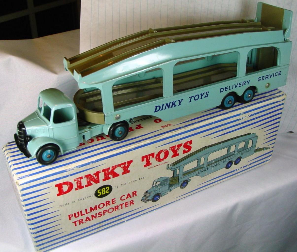 Dinky 582 - Pullmore Transp Blue grey decks 4 rivet 3 chips C9