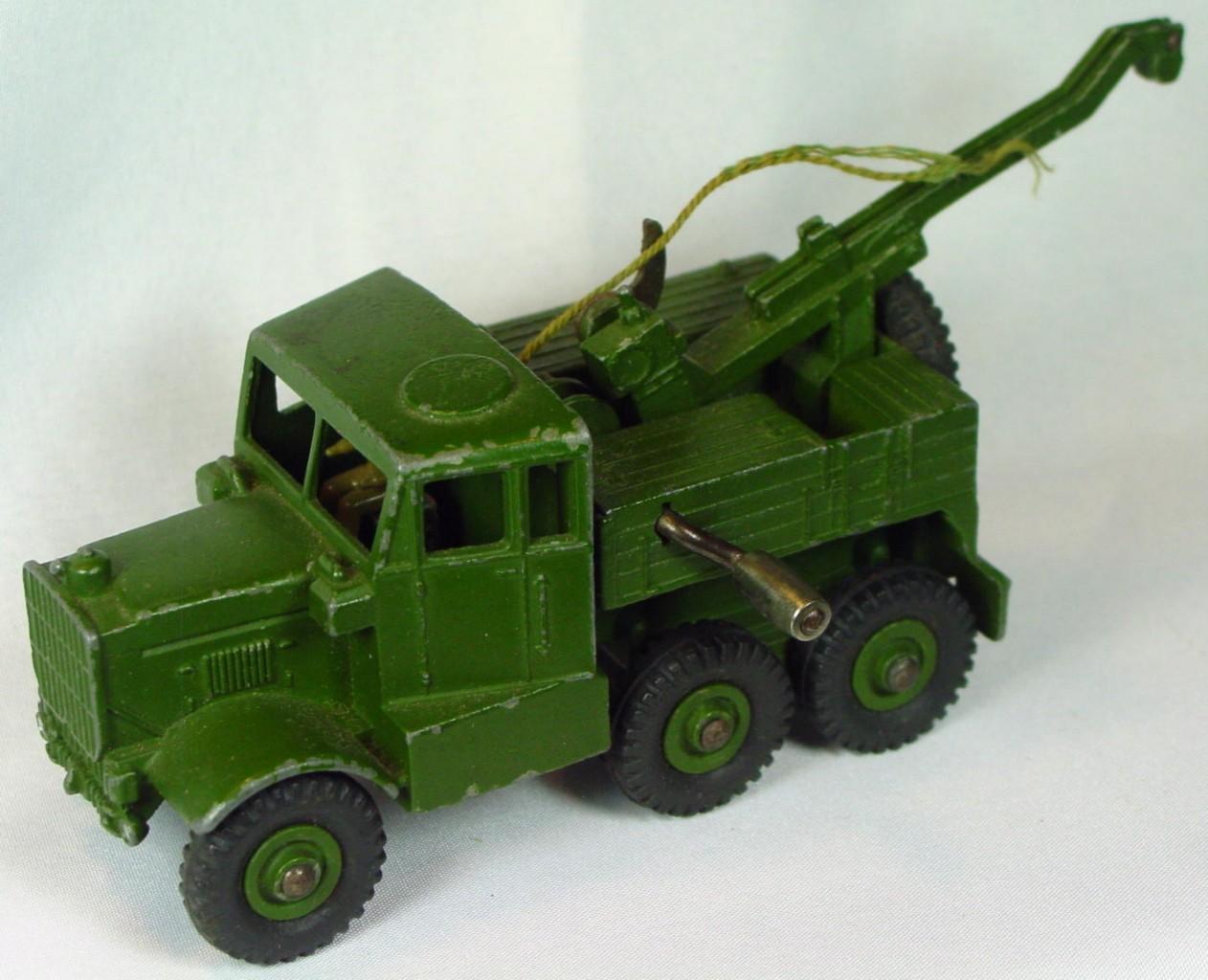 Dinky 661 - Army Wrecker -hook