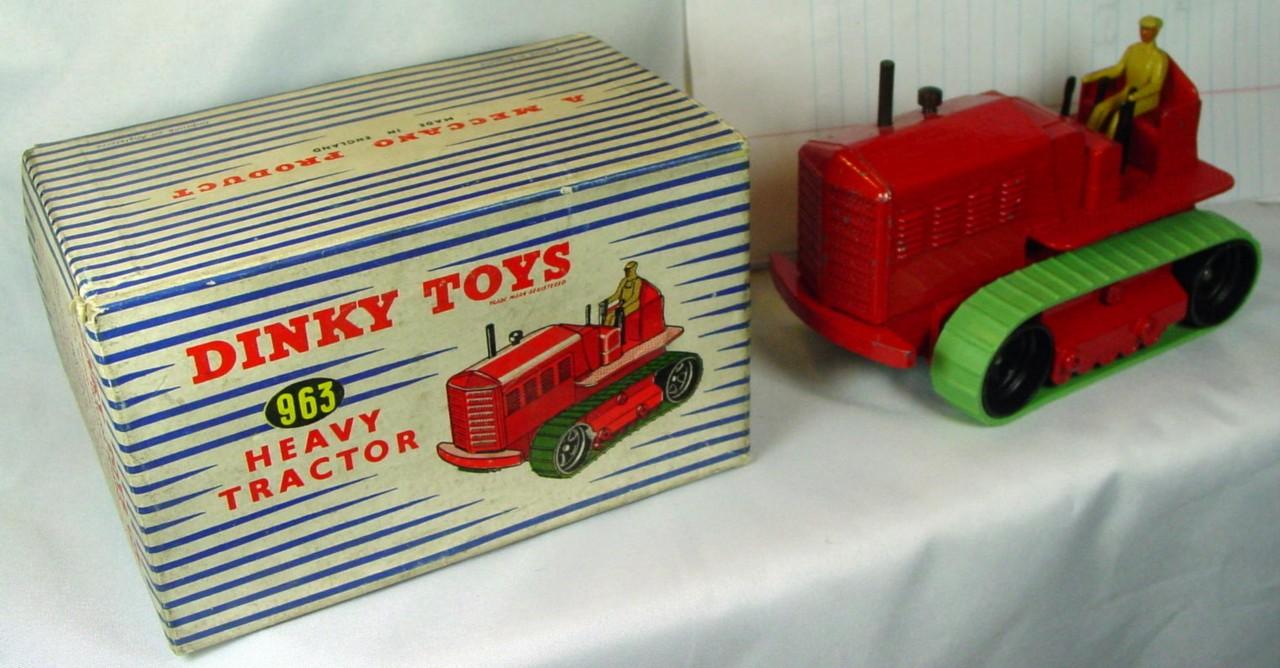 Dinky 963 - Heavy Tractor Red (NM+) rep treads C9 box