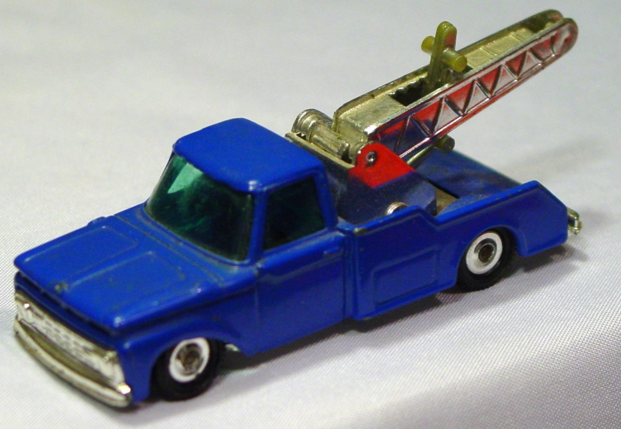 Husky-Corgi Jr 28 A 1 - Bedford Breakdown blue no hk