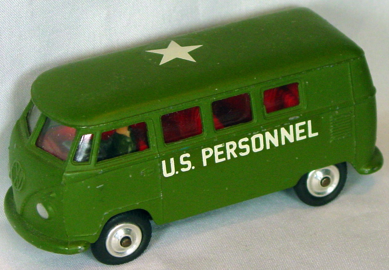 Corgi 356 A - VW Army Bus Olive 3 chips