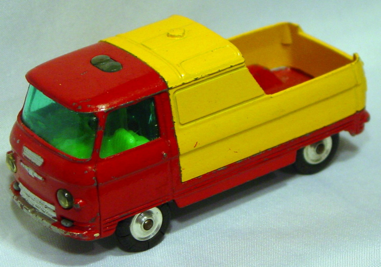 Corgi 465 A - Commer Pickup Red and Yellow