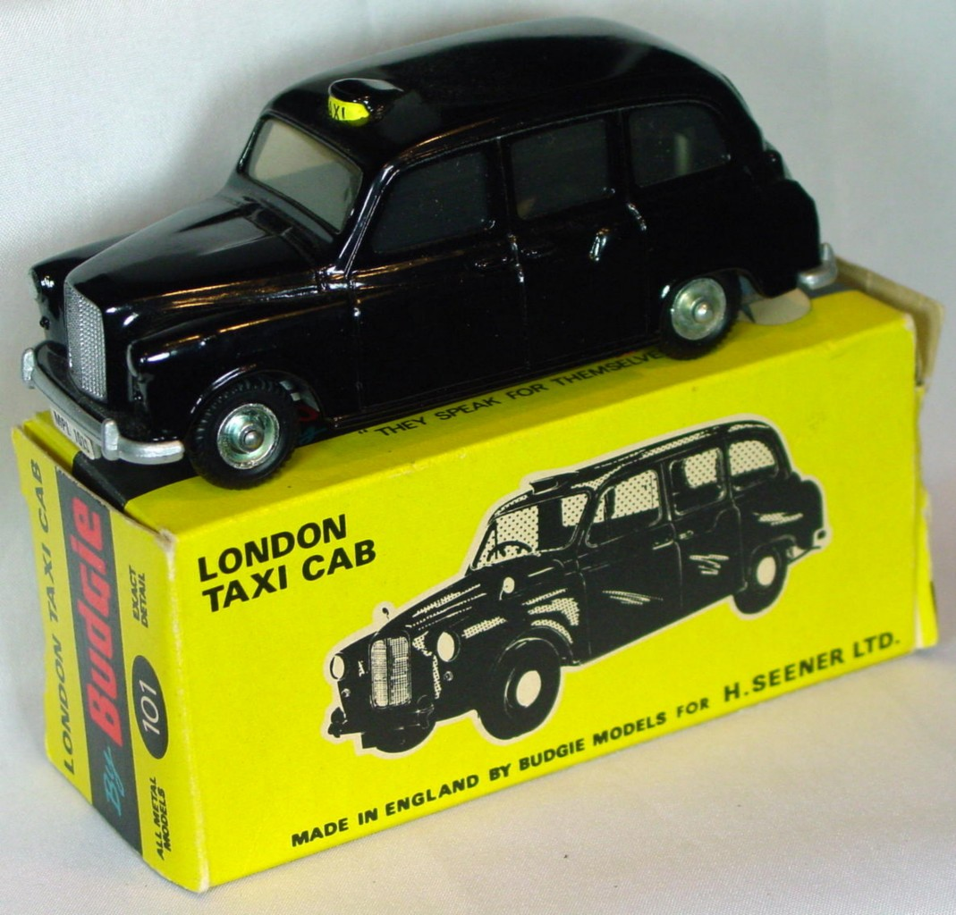 43 - BUDGIE 101 Austin FX4 Taxi Black C9 box