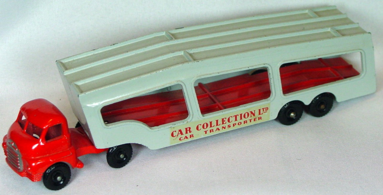 Matchbox 02 A 4 - Car Transporter RED/GREY!!!
