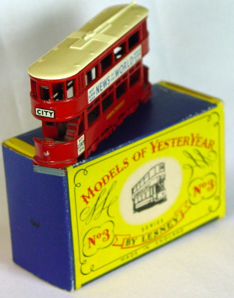 Models of YesterYears 03 A 2 - MW cream roof OPEN STAIRS silver lts one slight chip C9 A MILL3