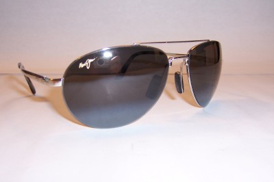 New In Box Maui Jim 210 17 PILOT Sunglasses SILVER/GREY