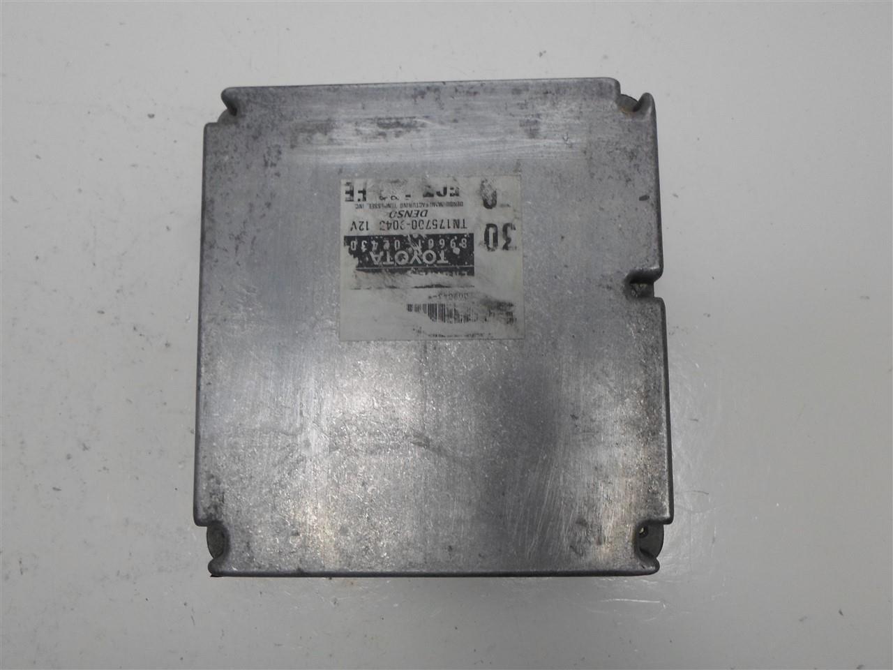 98 TOYOTA COROLLA AUTO CALIF ECU ECM COMPUTER NUMBER 89661-02430