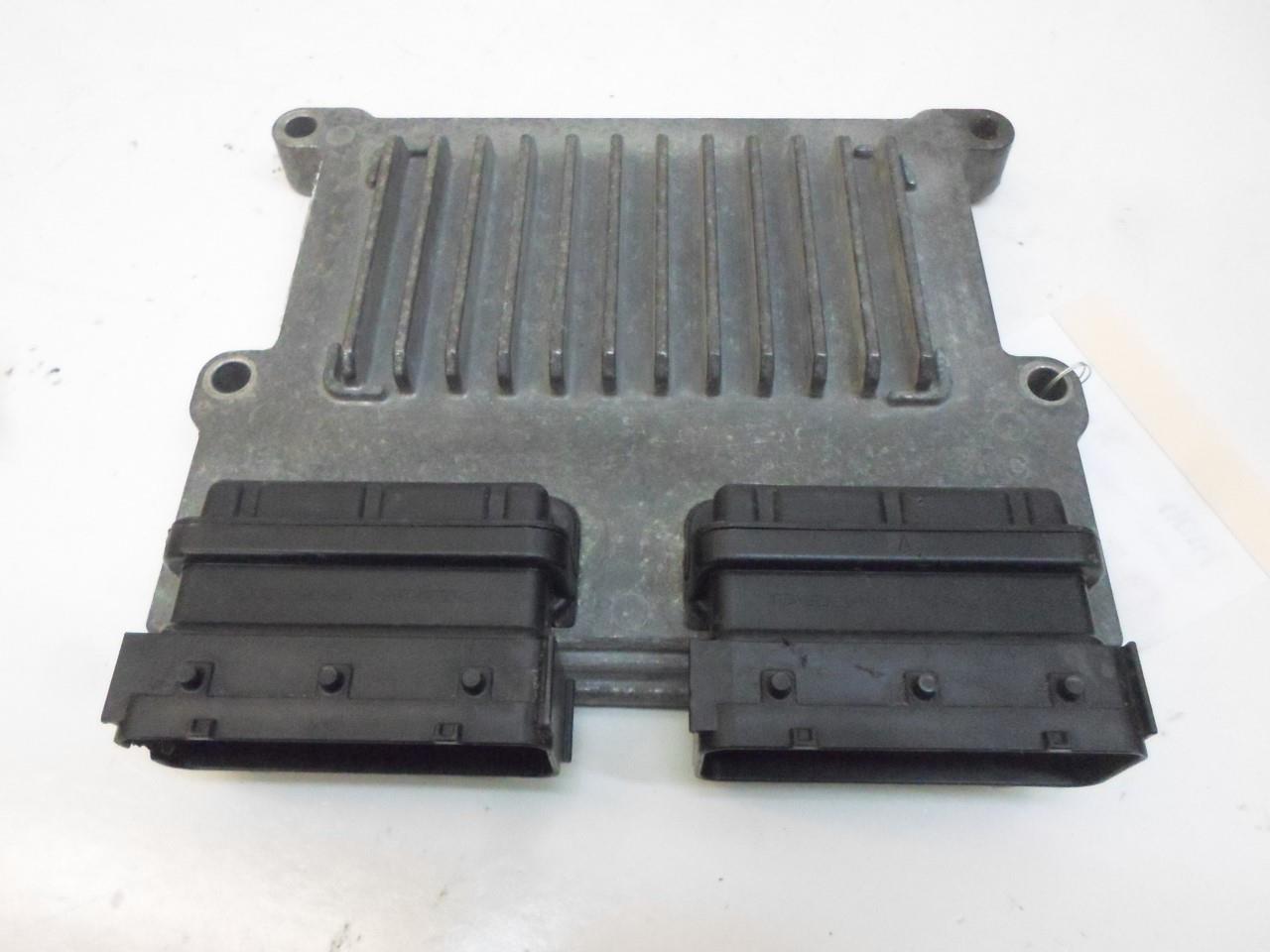 Engine Computer Kia Sedona 2014 39109