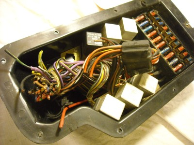 fuse/relay block/panel oem mercedes r107 1977 450slc 450sl 450 sl slc