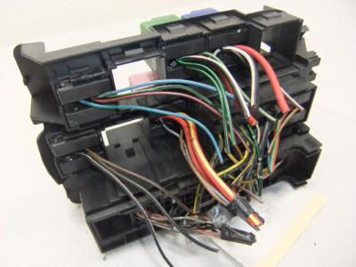 fuse box  panel oem mercedes w202 c class c180 c200 c220 Mercedes-Benz C230 Fuse List 589851768 tp