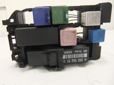 fuse box  panel oem mercedes w202 c class c180 c200 c220 Mercedes-Benz C230 Fuse List 589851783 tp