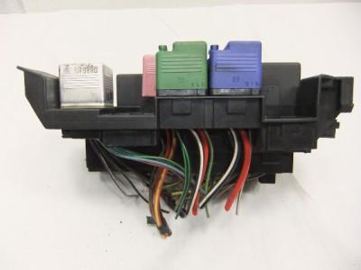 fuse box/panel oem mercedes w202 c-class c180 c200 c220 ... upgrading to breaker box fuse box