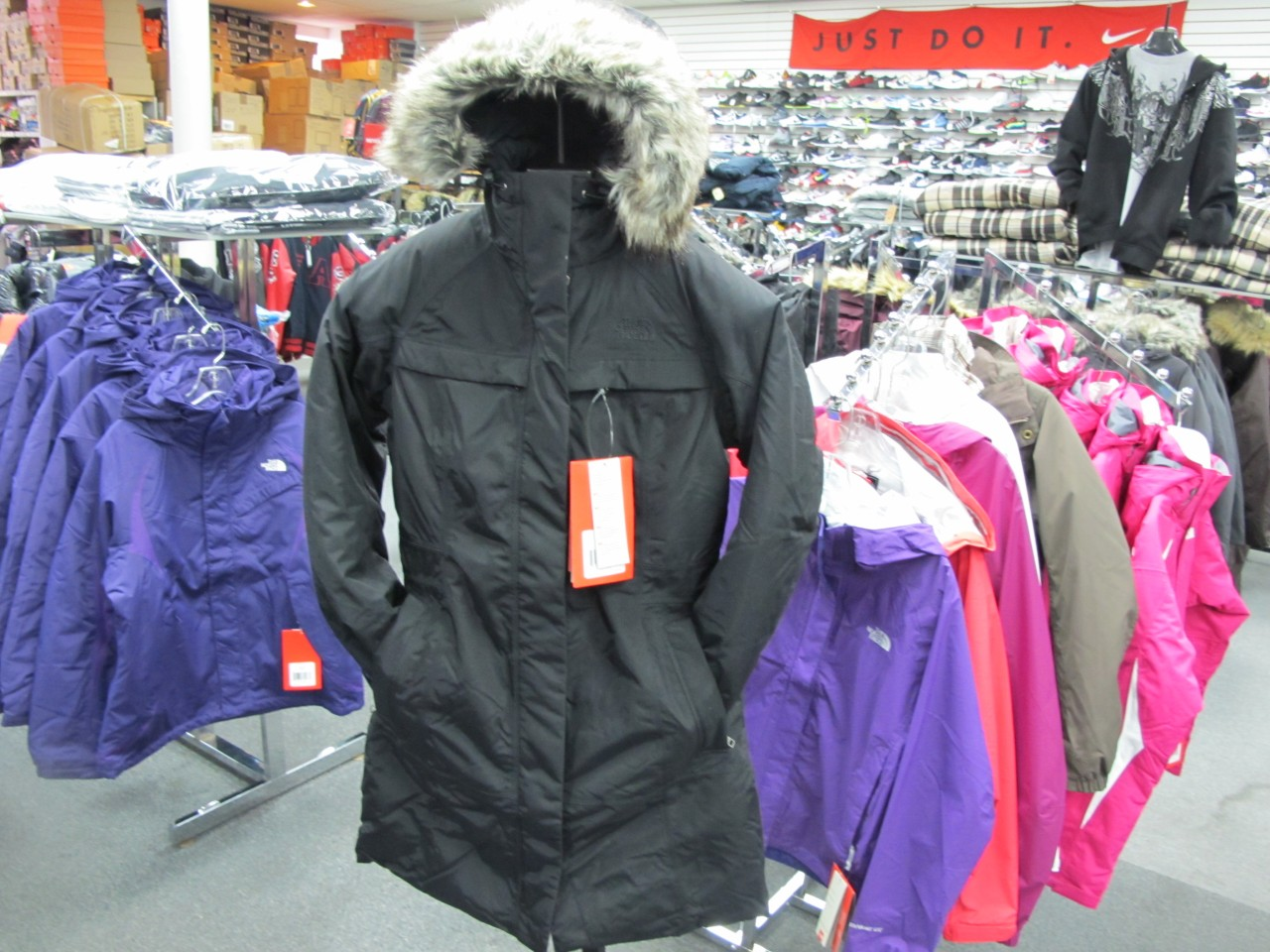 22af750d2 Girl North Face Jacket: Who Sells The Cheapest Online North Face ...