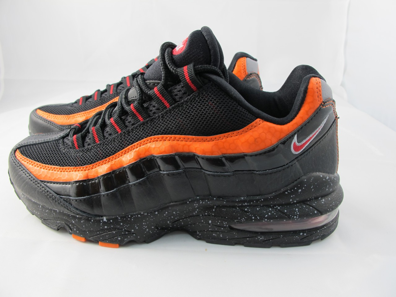 061777389c NEW JUNIORS NIKE AIR MAX '95 307565-064 BLACK/DARK RED-ORANGE BLZ ...