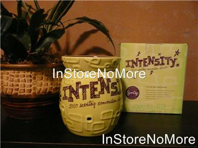 1 Scentsy Full Size Warmer Collectible Convention