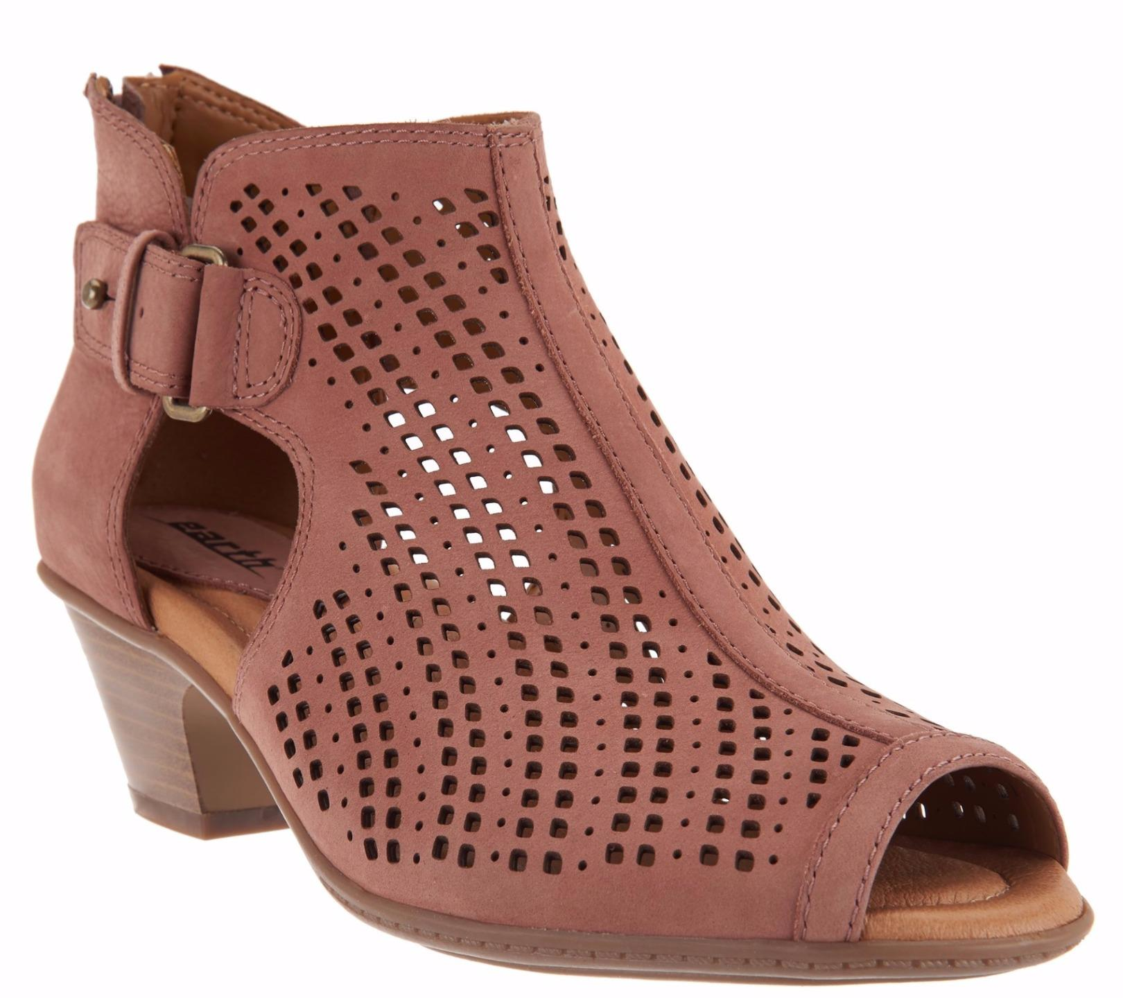 Nubuck Leather Perforated Shoes
