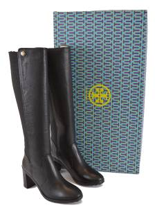 26727cfb09e6 I AM IN NO WAY AFFILIATED WITH TORY BURCH....JUST AN AVID SHOPPER AND HUGE  FAN
