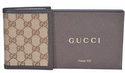 79e8c01a5cef I AM IN NO WAY AFFILIATED WITH GUCCI, JUST AN AVID SHOPPER AND A HUGE FAN.