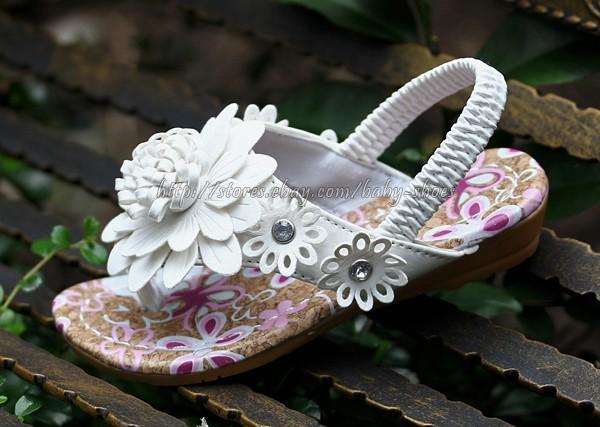 Kids Girls White Daisy Flower Flip Flops Sandals Child Size 9 10 10 11 11 12 13