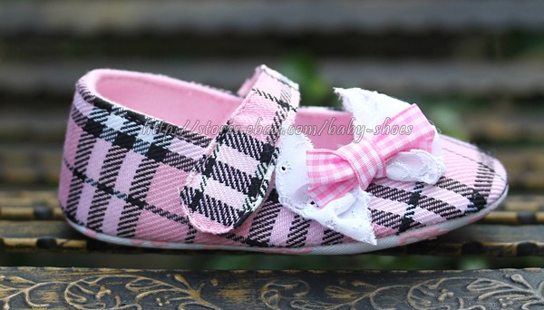 Newborn Reborn Baby Girl's Pink Plaid Soft Sole Crib Shoes Size 3 6 12 Months
