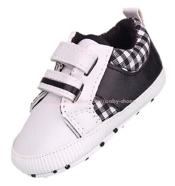 Baby Boy White Walking Sneakers Soft Sole Crib Shoes Size Newborn to 18 Months