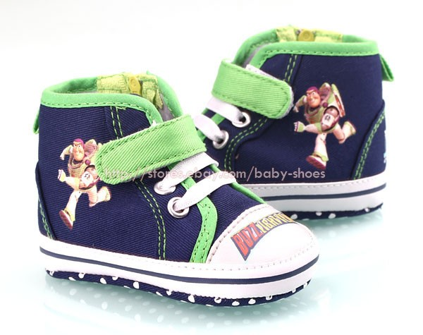 Baby Boy Buzz Lightyear Soft Sole Crib Shoes Sneakers Size Newborn to 18 Months