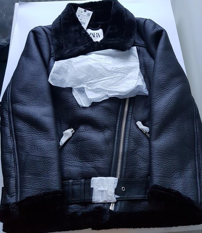 Detalles de ZARA Negro Imitación Cuero de Piel de Oveja Piel De Doble Cara Chaqueta De Motorista Aviador Abrigo Nuevo ver título original