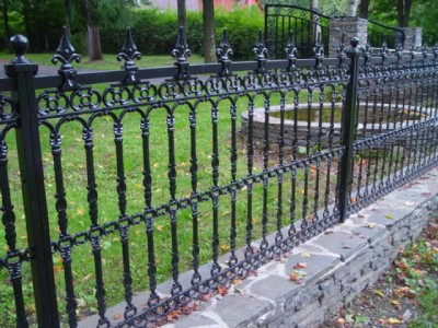 Hand Made Victorian Style Cast Iron Fence Panel Systems