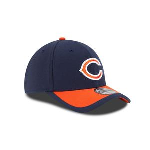 48c2a83dd Get ready for the next big game with this Chicago Bears NFL Sideline  39THIRTY flex hat from New Era! This cap has a bold embroidered Chicago  Bears logo on ...