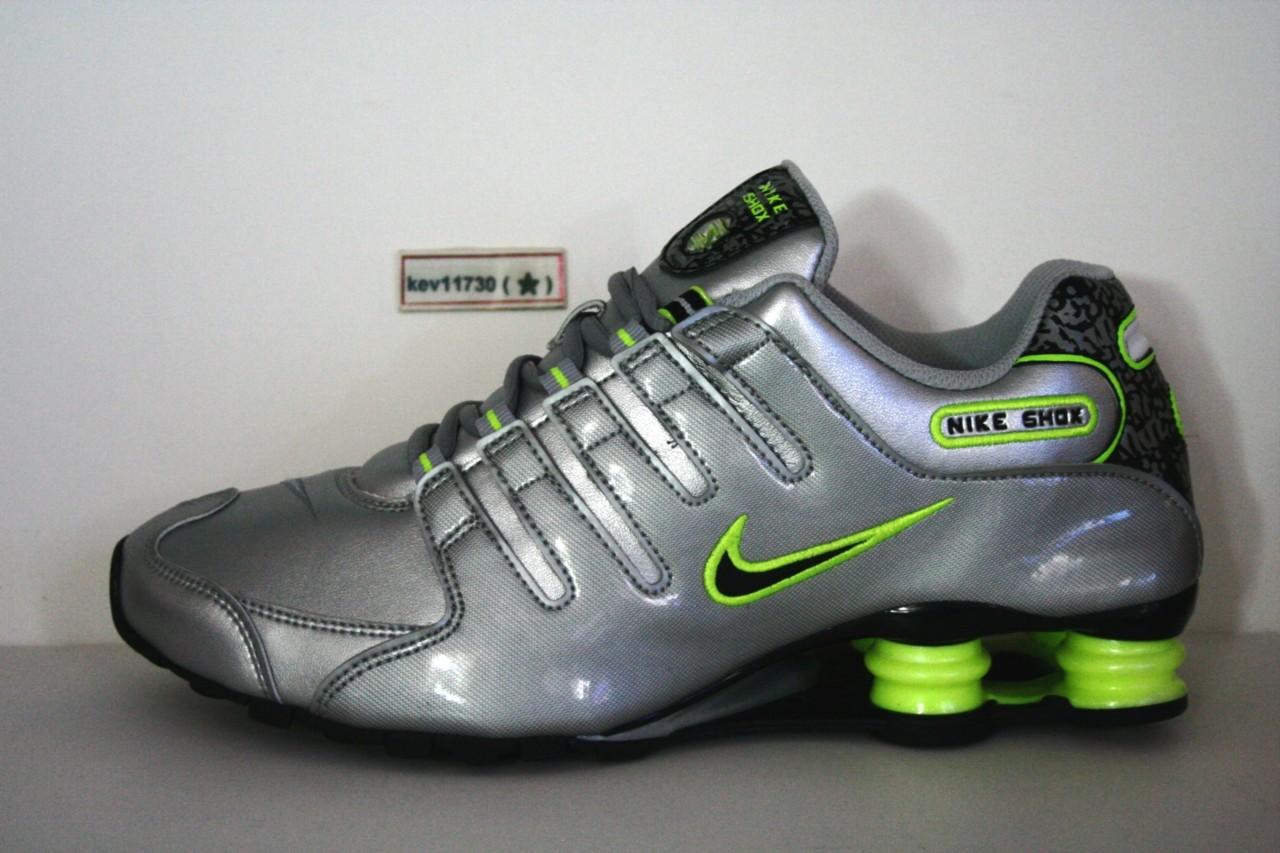 best authentic e7732 184fc La foto se está cargando Autenticas-Nike-Shox-NZ-378341-015-Negro-Verde-